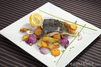 Grilled carp with vegetable