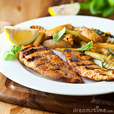 Free Grilled Chicken Breast With Potatoes Stock Image - 15356081