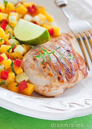 Grilled chicken and salsa