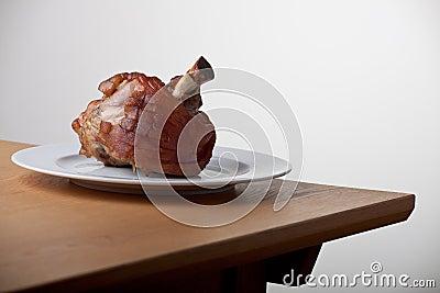 Grilled knuckle of pork