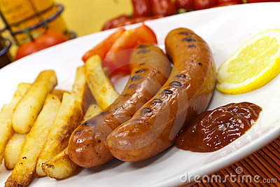 Grilled and sliced fresh pork sausage