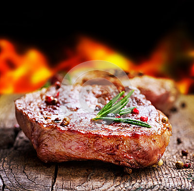 Free Grilled Steak Royalty Free Stock Images - 24814349