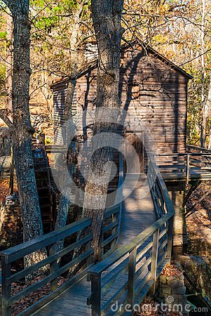 Free Grist Mill In Stone Mountain Park, USA Royalty Free Stock Photo - 106687975