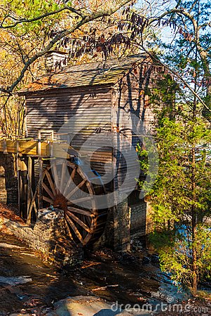 Free Grist Mill In Stone Mountain Park, USA Royalty Free Stock Photography - 106688017