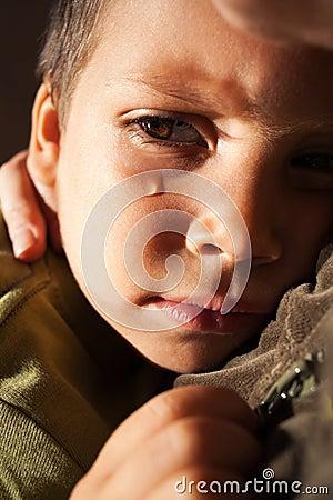 Griterío triste del niño