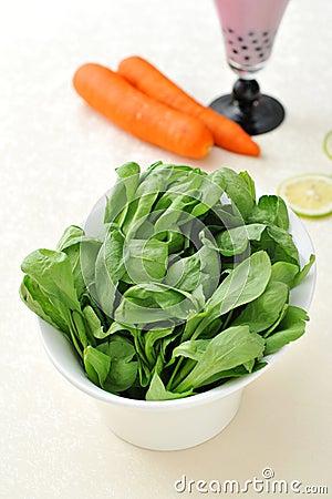 Grön grönsak