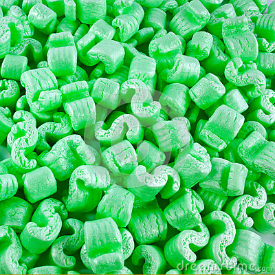 Grüne Styroschaumstücke