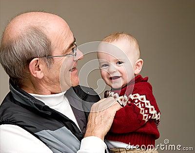 Großvater und Enkel