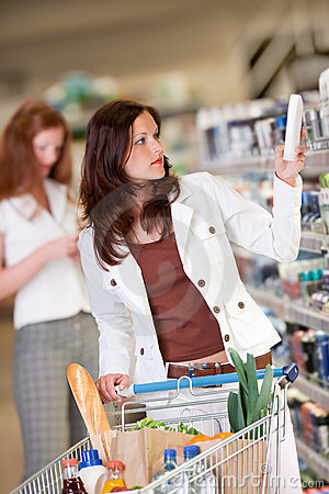 Grocery shopping store - Young woman