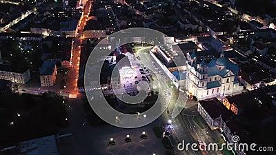 Grodno, Bielorrússia Vista De Aerial De Pássaro Sobre A Espinha De Hrodna Cityscape Famosos marcos históricos populares na noite filme