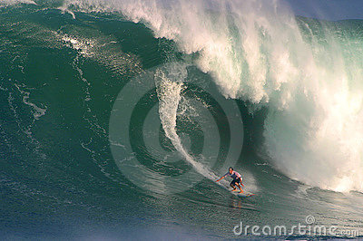 Große Wellen-surfender Wettbewerb Eddie-Aikau Redaktionelles Stockfotografie