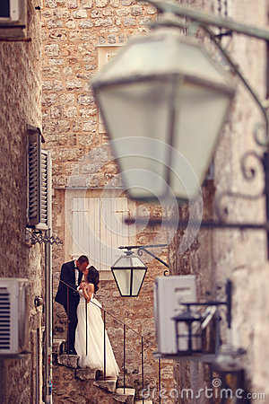 Free Groom And Bride In The City Royalty Free Stock Image - 57225126
