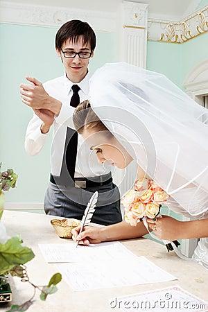 Groom applauding to bride