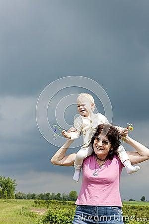 Grootmoeder en kleindochter