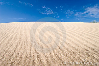 Grooves on dune