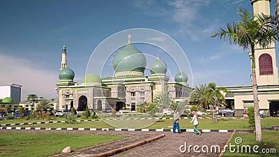 Grote Moskee een-Nur in Pekanbaru, Indonesië stock footage