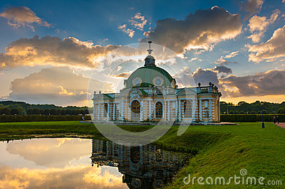 Grotto pavilion in park Kuskovo