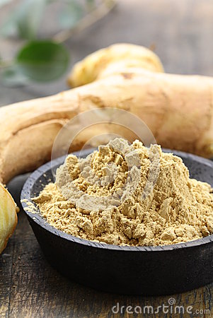 Ground ginger (spice) and fresh