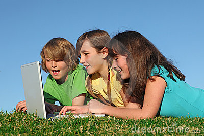 Group of kids with laptop