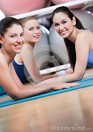 Group of sport women have a rest