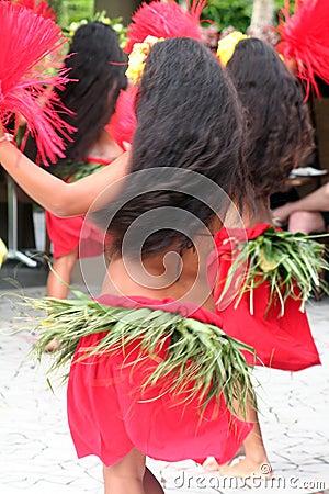 Group of tahitian dancers