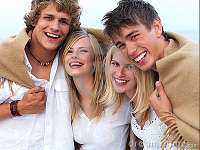 pictures of people having fun. GROUP OF YOUNG PEOPLE HAVING FUN AT THE BEACH (click image to zoom)