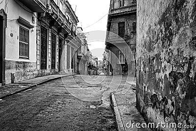 Grunge street scene in Old Havana