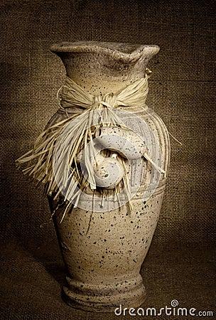 Grunge vase