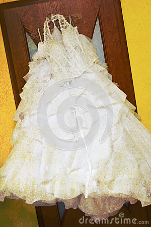 Grunge wedding dress