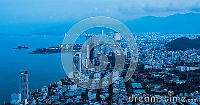 Gryning på den strandNha Trang staden stock video