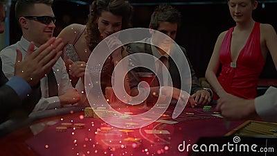 Grzebaków gracze wokoło grzebaka stołu z animacją lekcy skutki w przedpolu zdjęcie wideo