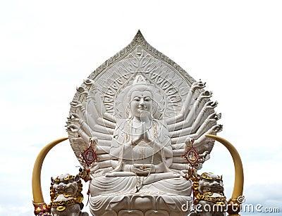 Guan yin buddha statue