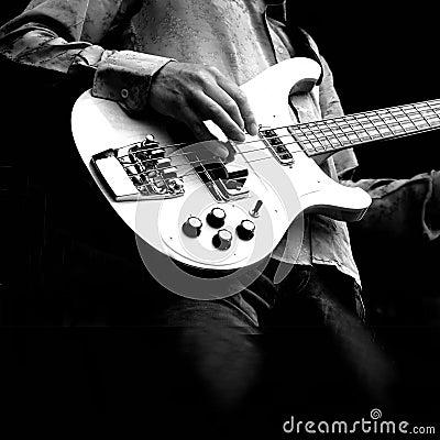 Free Guitar Royalty Free Stock Photos - 2775218