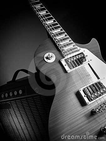 Free Guitar And Amplifier Stock Photo - 21959450