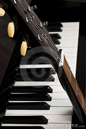 Free Guitar And Piano Stock Photo - 21738340