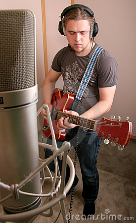 Free Guitarist In Studio Royalty Free Stock Photo - 6365635