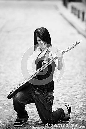 Guitariste joyeux