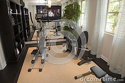Gymnastique à la maison de luxe.