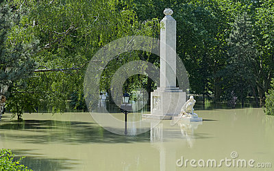 GYOR, HUNGARY/EUROPE - JUNE 8TH 2013: Memorial on Flooded Rado Island Editorial Photography