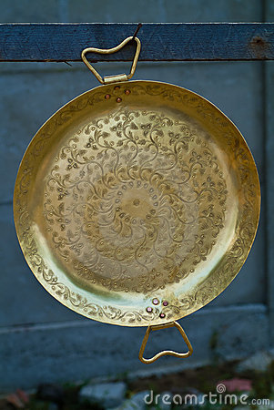 Gypsy bronze plate