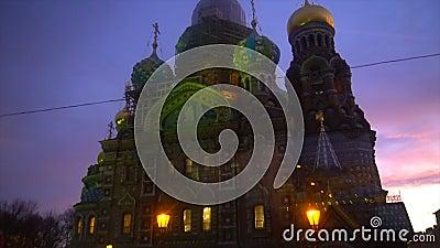 Härlig målad kyrka i St Petersburg lager videofilmer