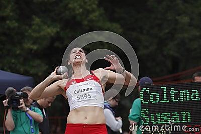 H eptathlonist Susan Coltman in put shot Editorial Photo