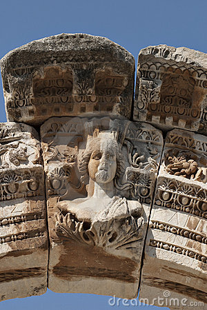 Hadrian的寺庙