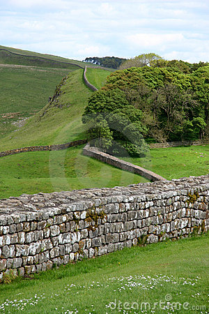 Free Hadrian S Wall Royalty Free Stock Images - 2414019
