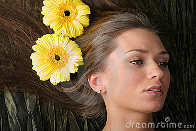 Hair yellow flowers