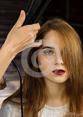 Free Hairdresser Does Hairstyle For Young Woman To Weave Braids. Concept Beauty And Wedding Stock Images - 122602334