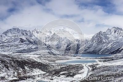 Haizi mountain sisters lake in Tibet