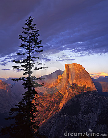 Free Half Dome From Glacier Point 2 Stock Images - 800834