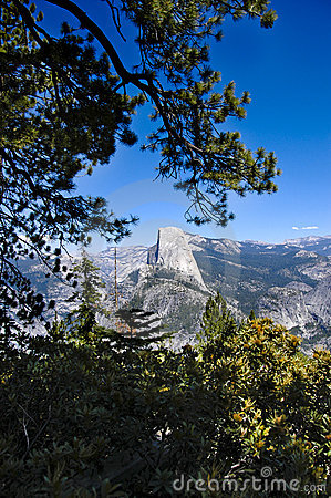 Free Half Dome In Yosemite National Park Royalty Free Stock Photos - 23191938