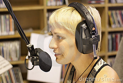 Hallåmanen dj radio